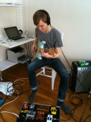 Marcus Högquist recording some guitar