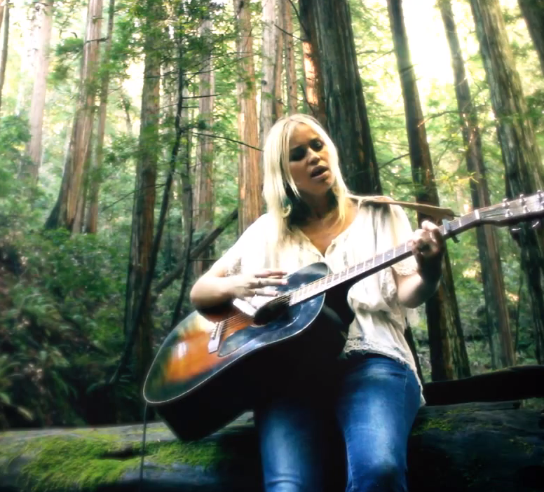 Sofia Talvik live in Muir Woods