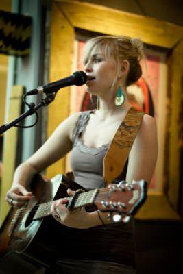 Sofia Talvik live at Schwankhalle
